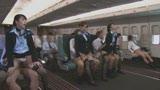 「制服・下着・全裸」でおもてなし またがりオマ〇コ航空9 中出し便10