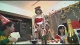 時間を止められる男は実在した!—クリスマスを祝うクソカップルの女を『寝取って』中出し!地獄の3時間SP—28
