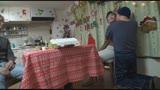 時間を止められる男は実在した!—クリスマスを祝うクソカップルの女を『寝取って』中出し!地獄の3時間SP—34