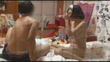 成熟した姉の裸に触れた童貞弟はイケない事と知りつつもチ○ポを勃起させて「禁断の近〇相姦」してしまうのか!? 710
