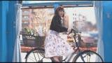 マジックミラー号×アクメ自転車 ママチャリ人妻限定!「みんな私の方を見てる気がするんですけど・・・」公衆の面前!?でイキまくる!ハリガタピストンで大量潮吹き絶頂アクメ!!12