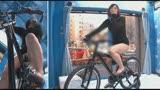 マジックミラー号×アクメ自転車 ママチャリ人妻限定!「みんな私の方を見てる気がするんですけど・・・」公衆の面前!?でイキまくる!ハリガタピストンで大量潮吹き絶頂アクメ!!16