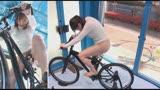 マジックミラー号×アクメ自転車 ママチャリ人妻限定!「みんな私の方を見てる気がするんですけど・・・」公衆の面前!?でイキまくる!ハリガタピストンで大量潮吹き絶頂アクメ!!6
