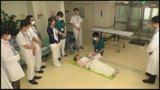 羞恥 生徒同士が男女とも全裸献体になって実技指導を行う質の高い授業を実践する看護学校実習20180