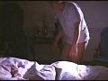 夫の寝ている横で息子にイカされる母 其の二10