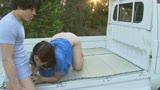父に隠れて太陽の下でまぐわう愛ある親子の大自然交尾 笹山希 37歳12